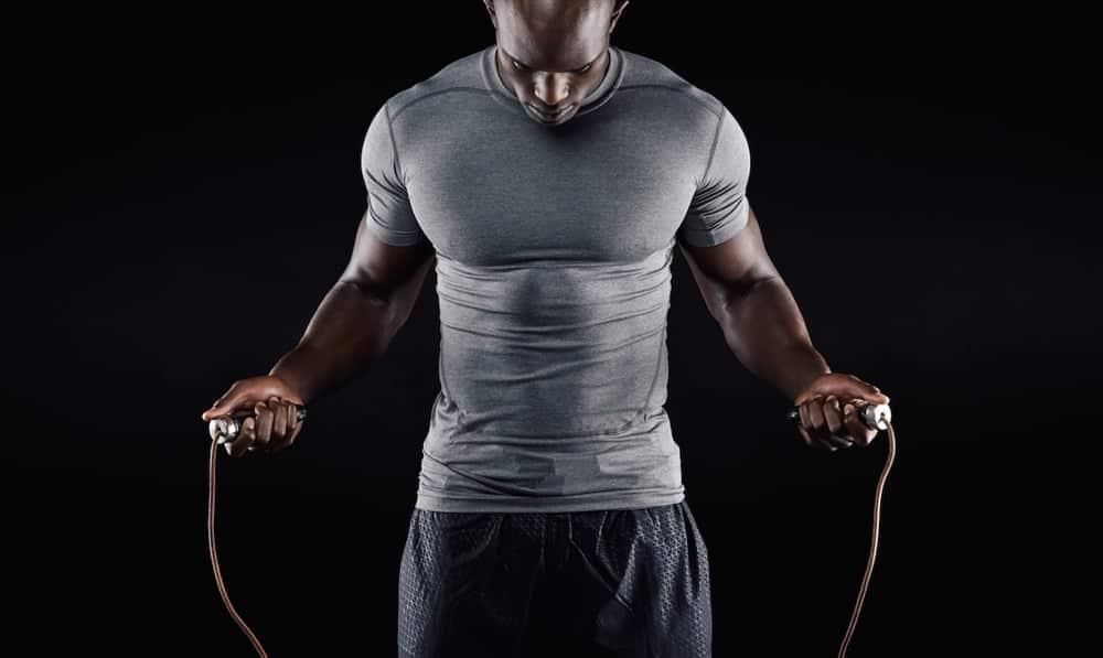les meilleurs exercices de corde sauter pour maigrir. Black Bedroom Furniture Sets. Home Design Ideas